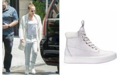 Jennifer Lopez Style: Timberland