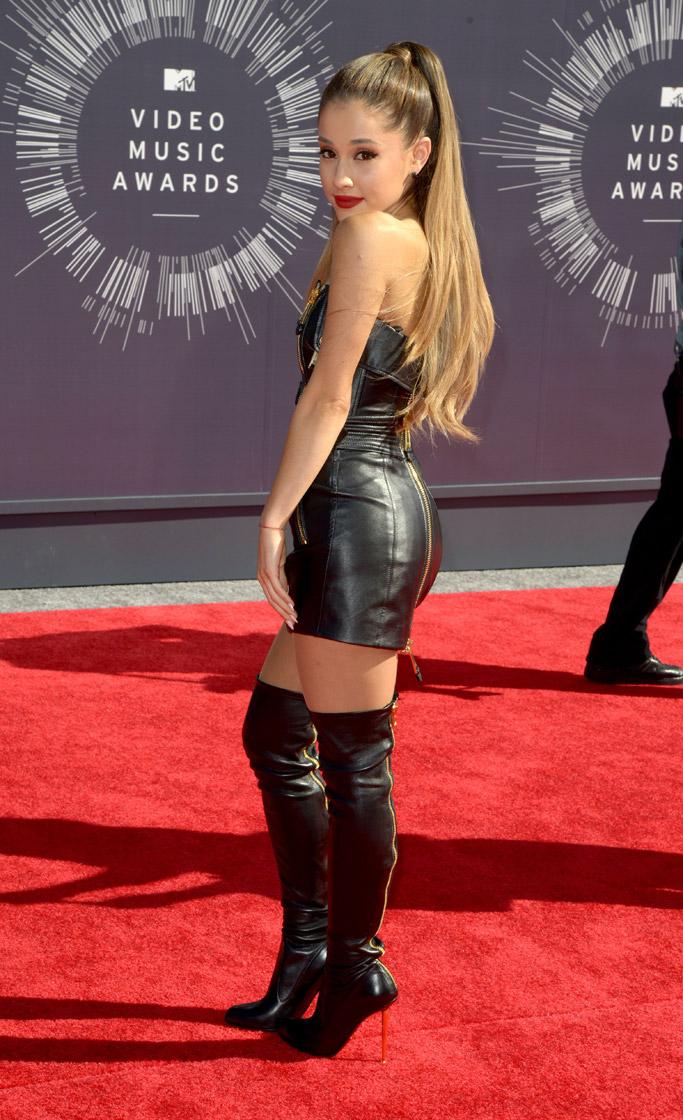 Ariana Grande Längd