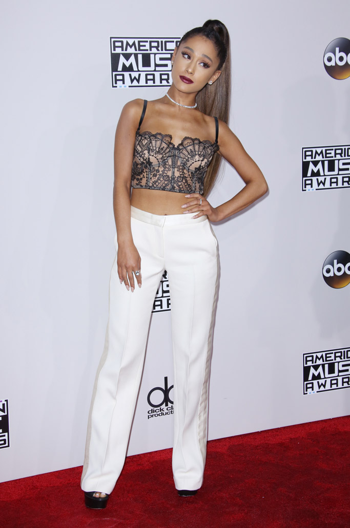 Ariana Grande Height Her Illusion Lengthening Style Tricks Photos Footwear News