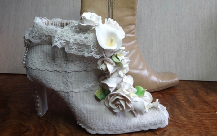 Embellished bootie by Meredith Draper at shoe art exhibit in florence oregon