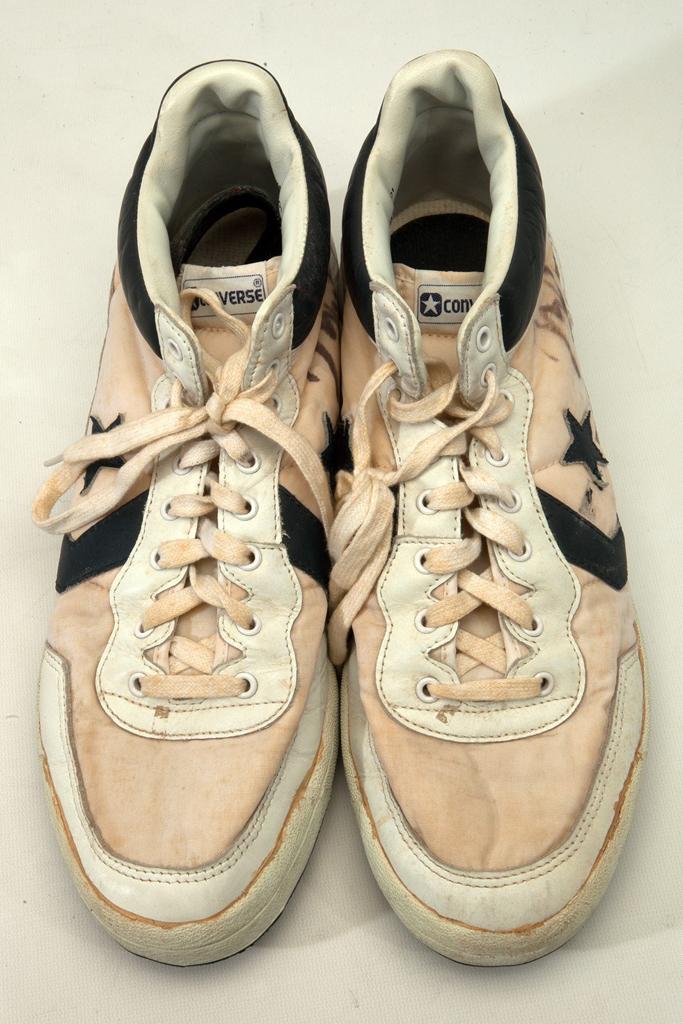 Converse Michael Jordan Sneakers