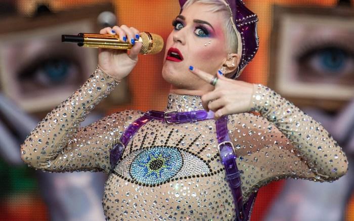 katy-perry-nude-illusion-catsuit-concert-glastonbury