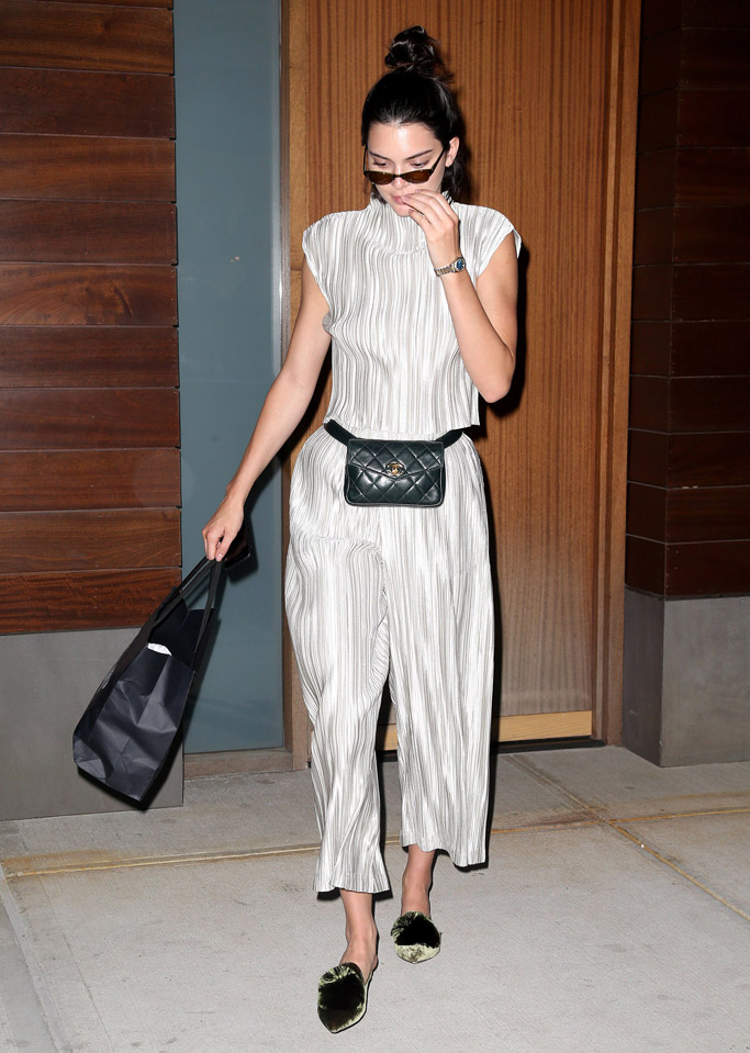 kendall jenner, fannypack, fanny pack, chanel, shoes, glasses