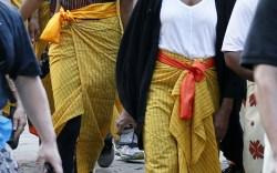 Malia and Michelle Obama