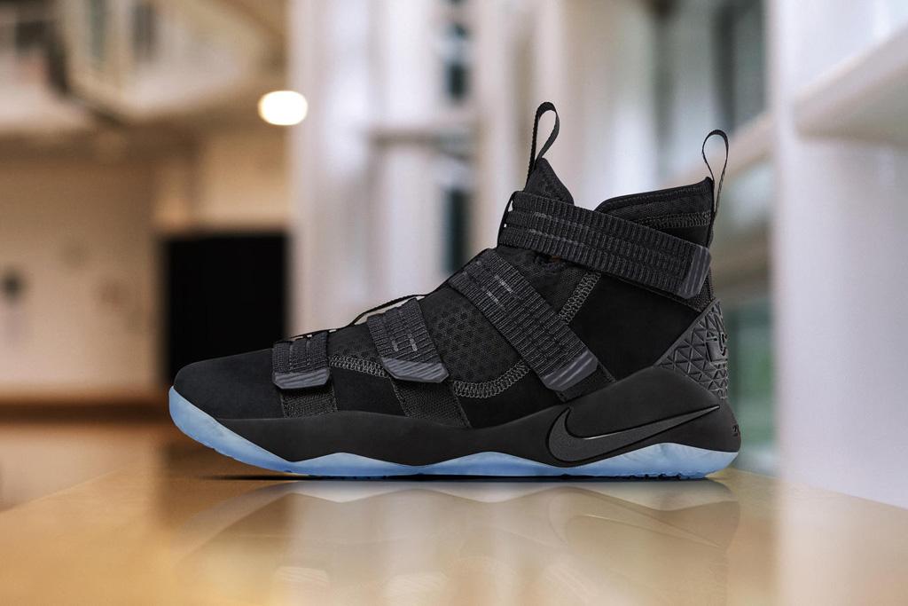 Nike LeBron Zoom Soldier 11