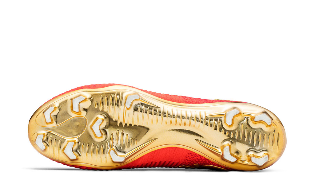 The CR7 Mercurial Campeões Nike boots for cristiano ronaldo feature a gold soleplate for his fifa soccer football tournament to represent portugal