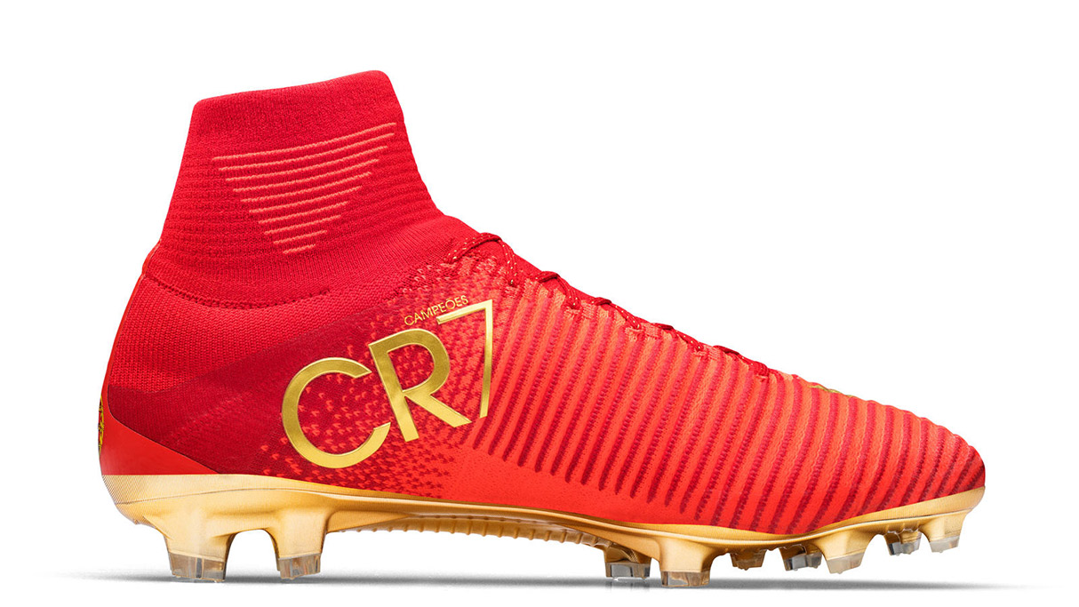 The CR7 Mercurial Campeões Nike boots for cristiano ronaldo inspired by portugal in red, green and gold for his fifa soccer football tournament