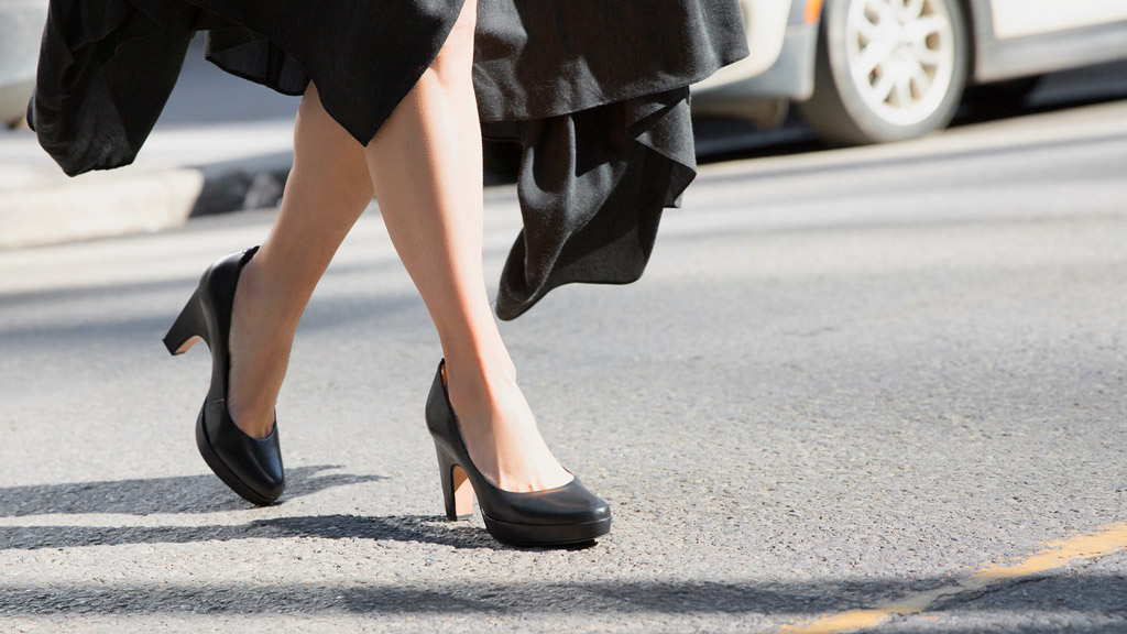 dr liza shoes, dr liza, chiropractor, comfortable high heels