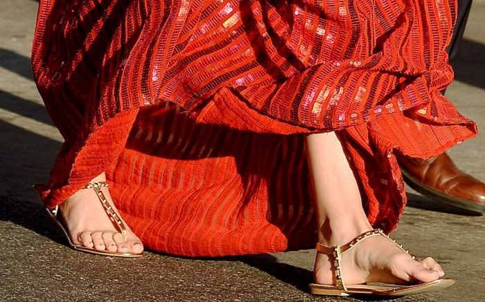Gal Gadot's Flat Sandals