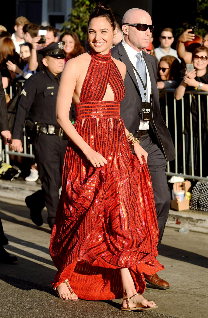 wonder woman, gal gadot, red carpet, fashion, style, dress, sandals, flats, premiere, movie, aldo, givenchy