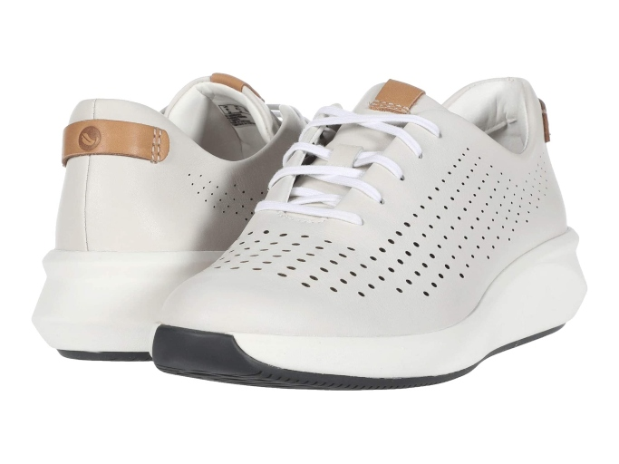 Clarks Un Rio Tie Sneaker, sneakers to wear without socks