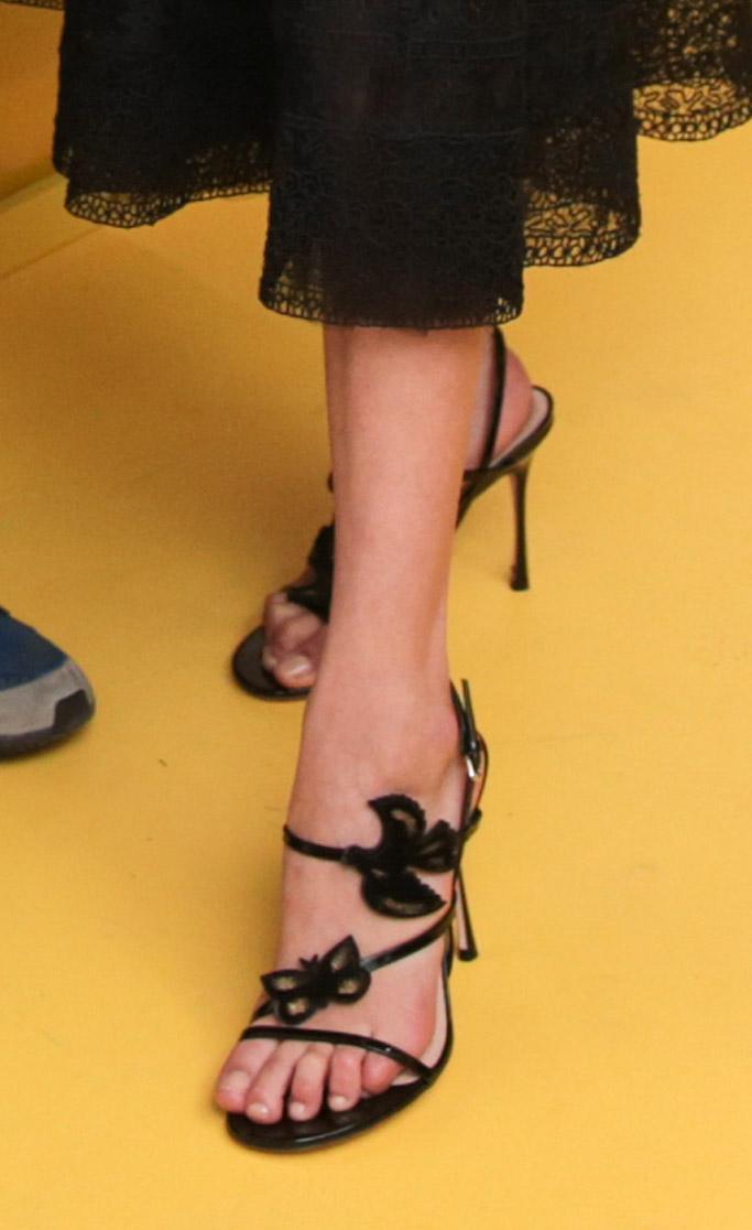bella hadid, sandals, feet, dior, shoes
