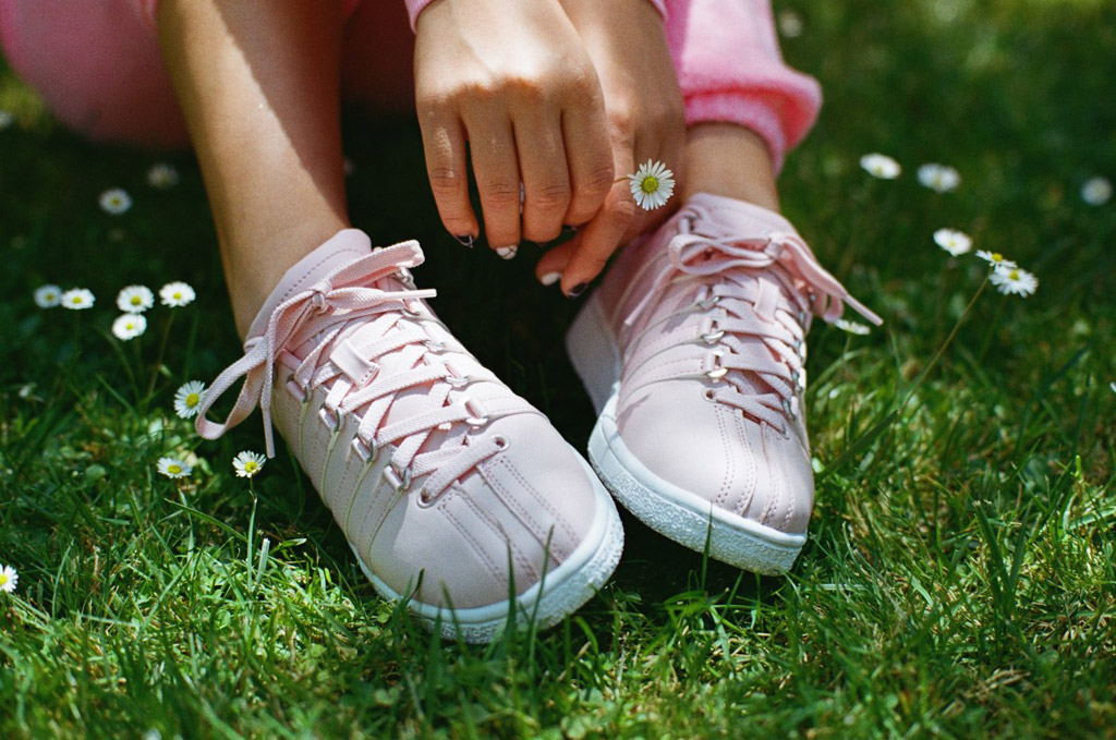 pink sneakers, k-swiss, dnce