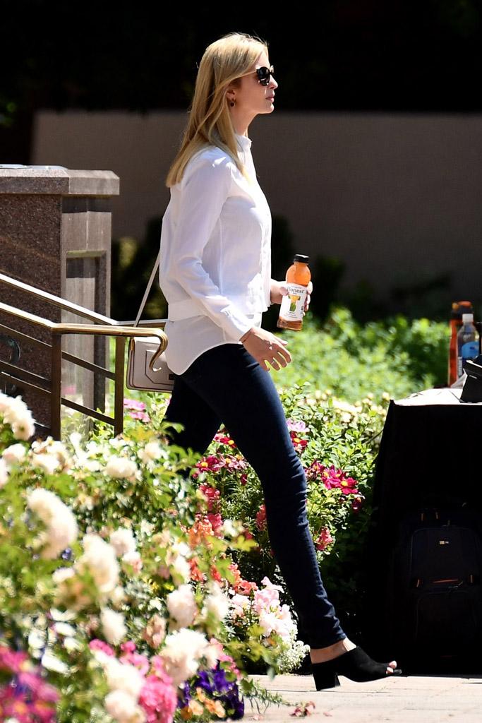 Ivanka Trump, Sun Valley, mules