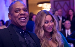 Jay-Z and Beyonce are all smiles.