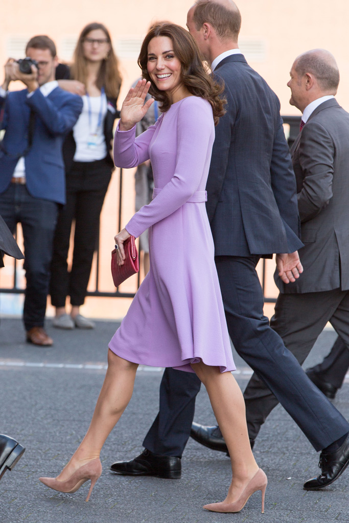 kate middleton style purple dress nude pumps