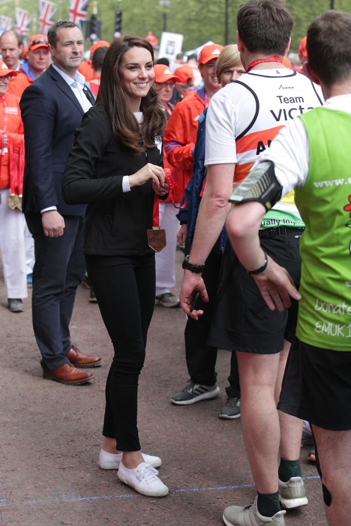 kate middleton superga london marathon