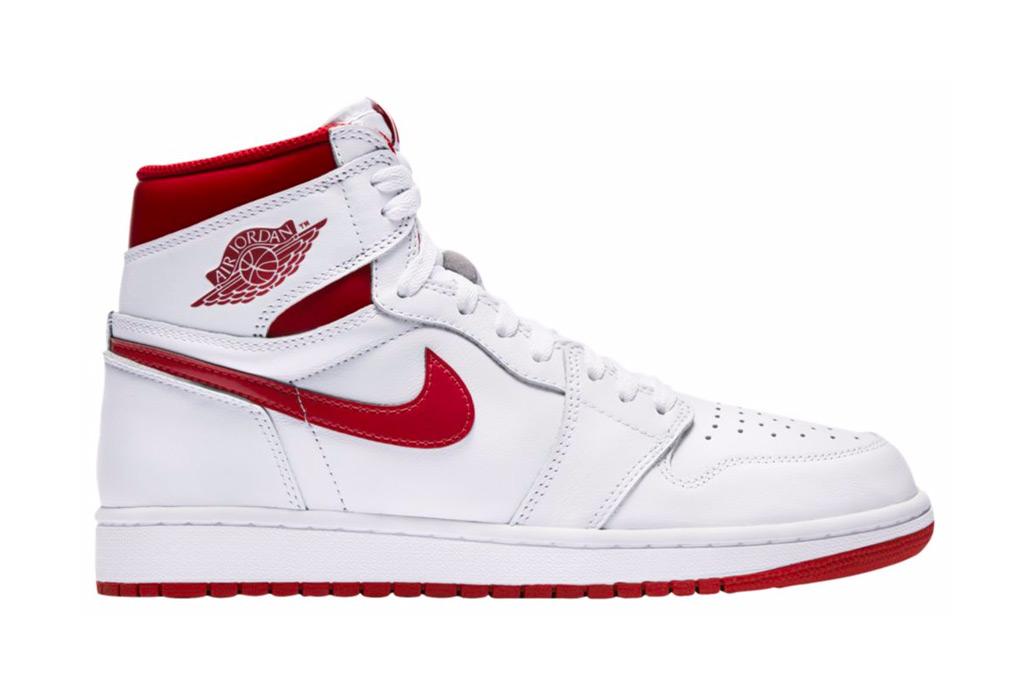 Nike Air Jordan, Bella Hadid