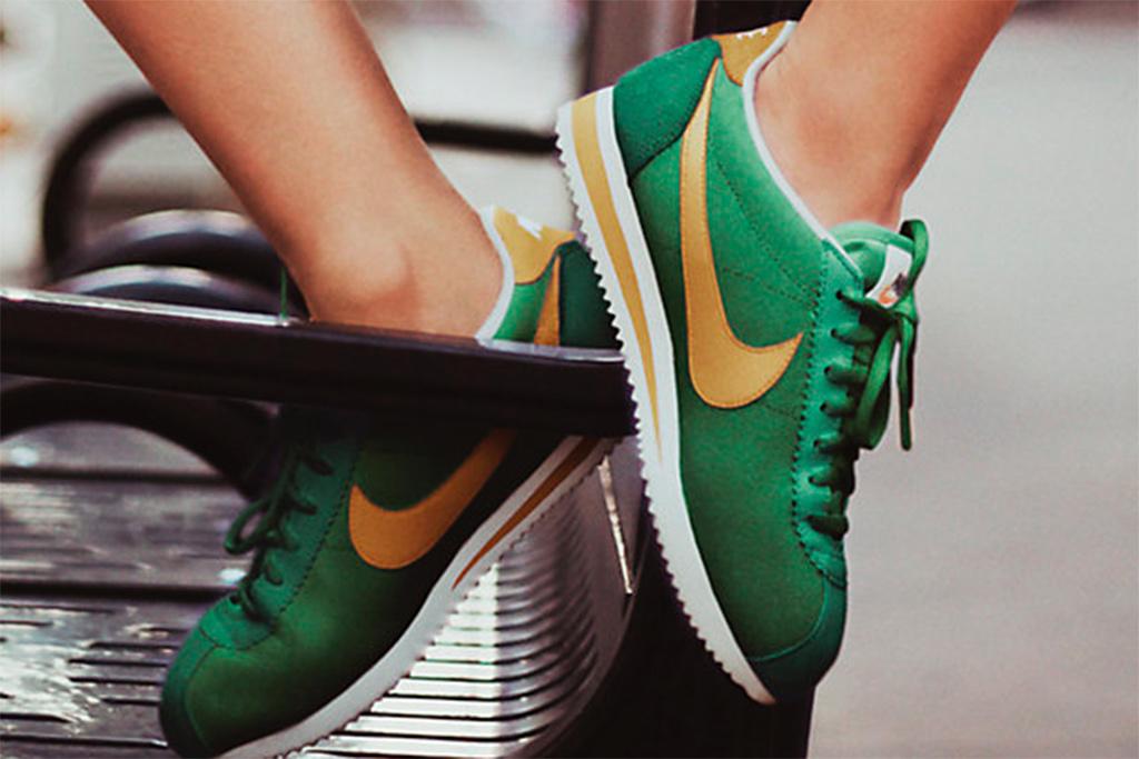 The Nike Classic Cortez Nylon Premium in classic green/sail/yellow ochre