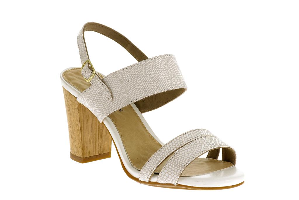 pippa middleton white hush puppies sandals wimbledon