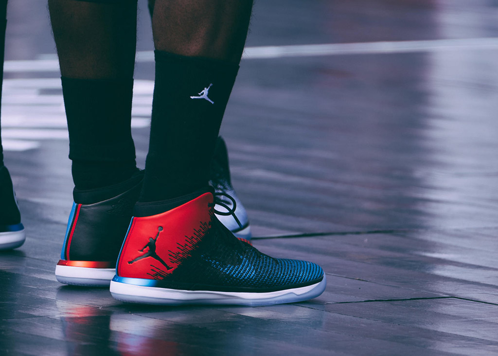 A player wears Jordans on the court.