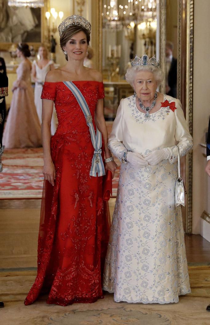 queen letizia style state banquet
