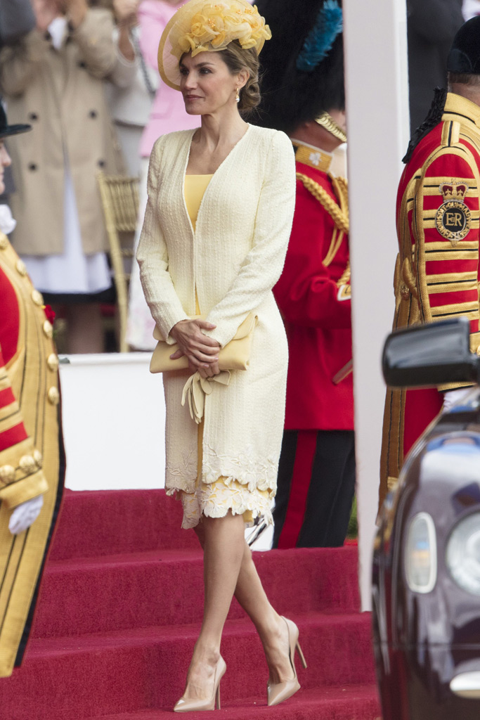 queen letizia of spain style uk trip