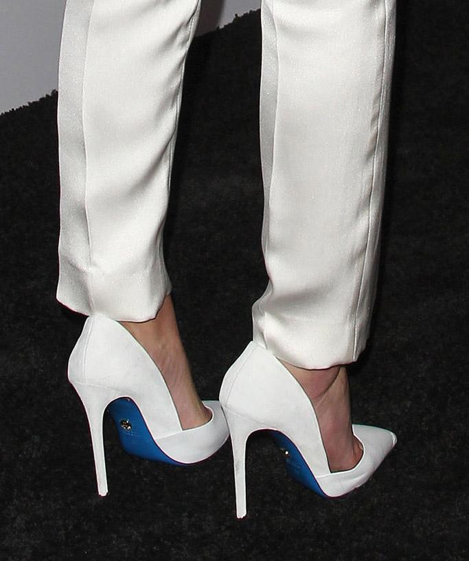 lindsey vonn, lori blu, shoes, heels, sports illustrated, fashionable 50