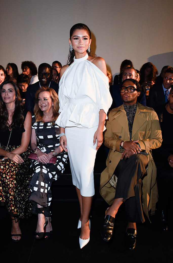 Zendaya, on a consistent run of monochromatic looks, continues with all-white at Paris Fashion Week Haute Couture wearing ralph and russo