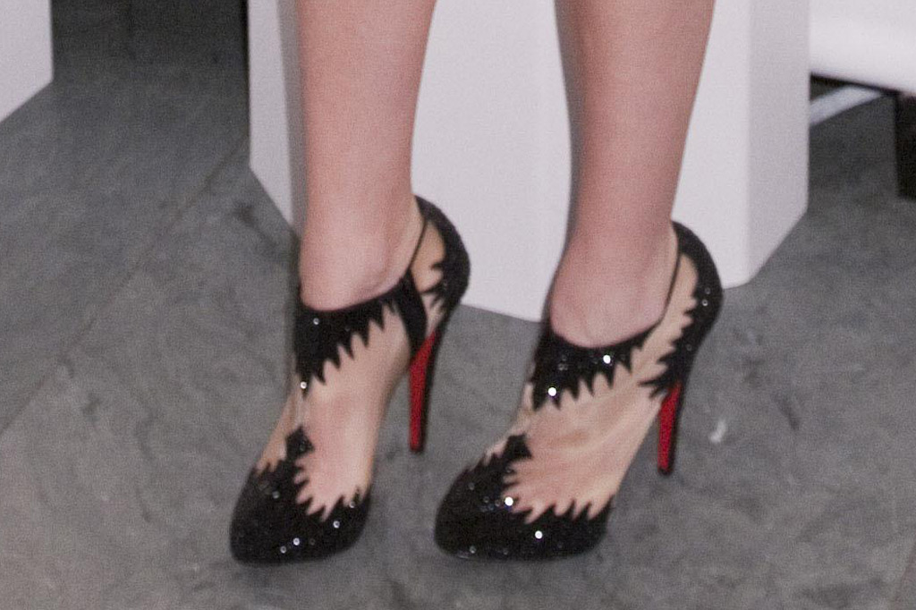 Blake Lively, 2010 fn achievement awards, red carpet, booties
