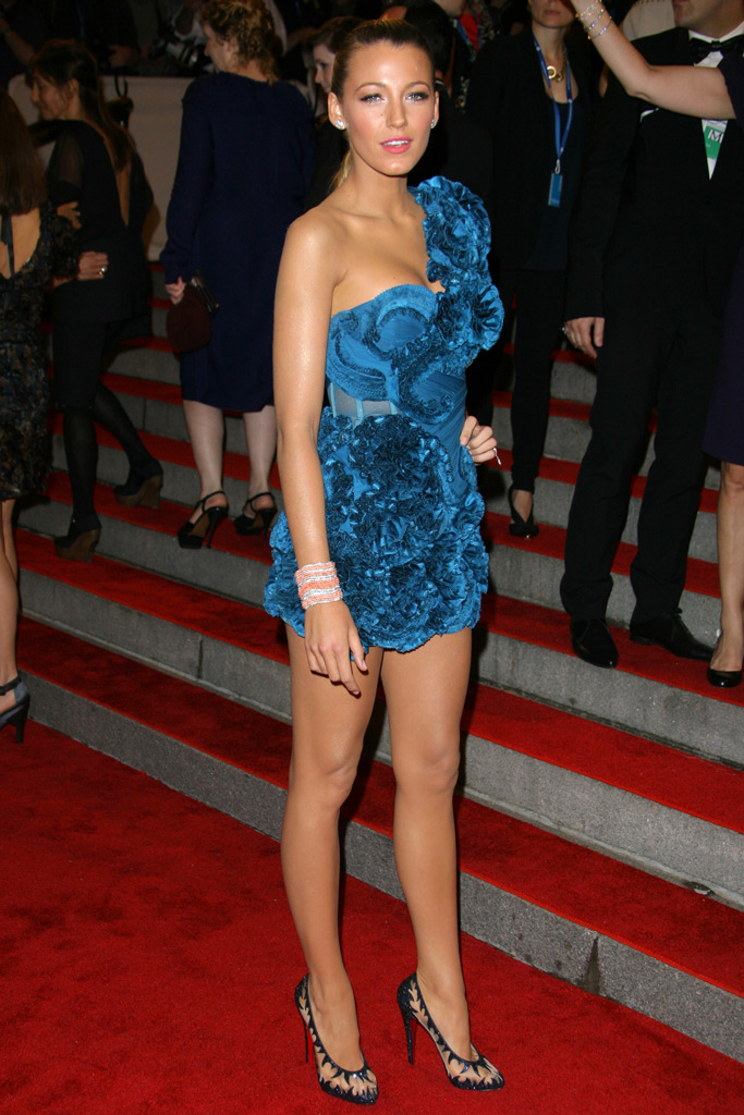 Blake Lively, Christian Louboutin, shoes, style, red carpet