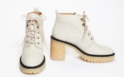 9 White Boots That Can Go From Summer to Fall