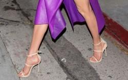 How Karlie Kloss Flatters Her Feet