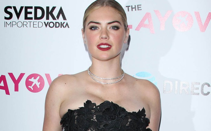 kate-upton-the-layover