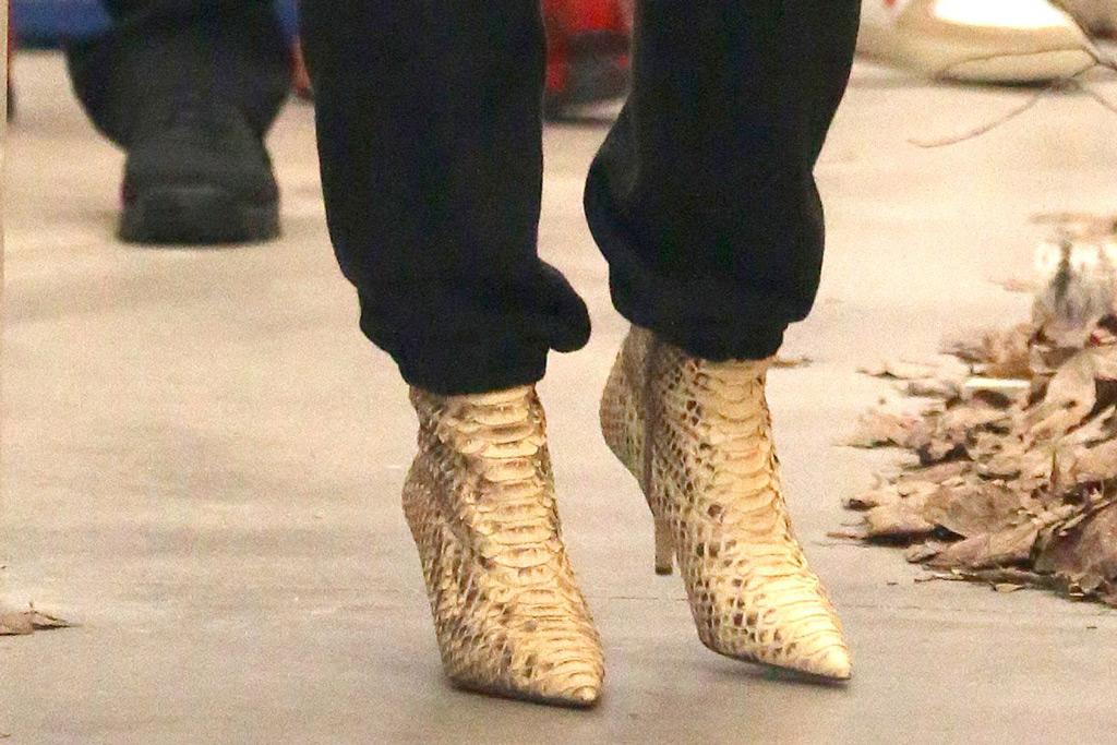 Kim Kardashian West, boots, croc