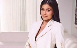 Kylie Jenner, WWD, cosmetics