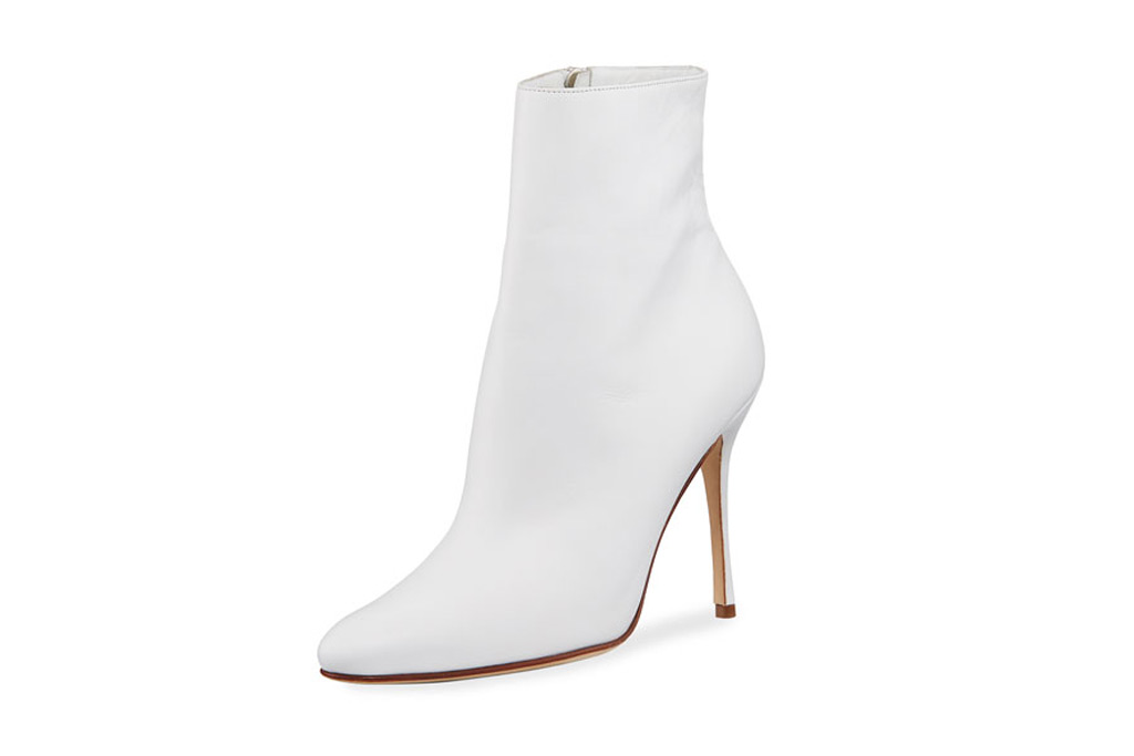 White boots, summer, fall, trend