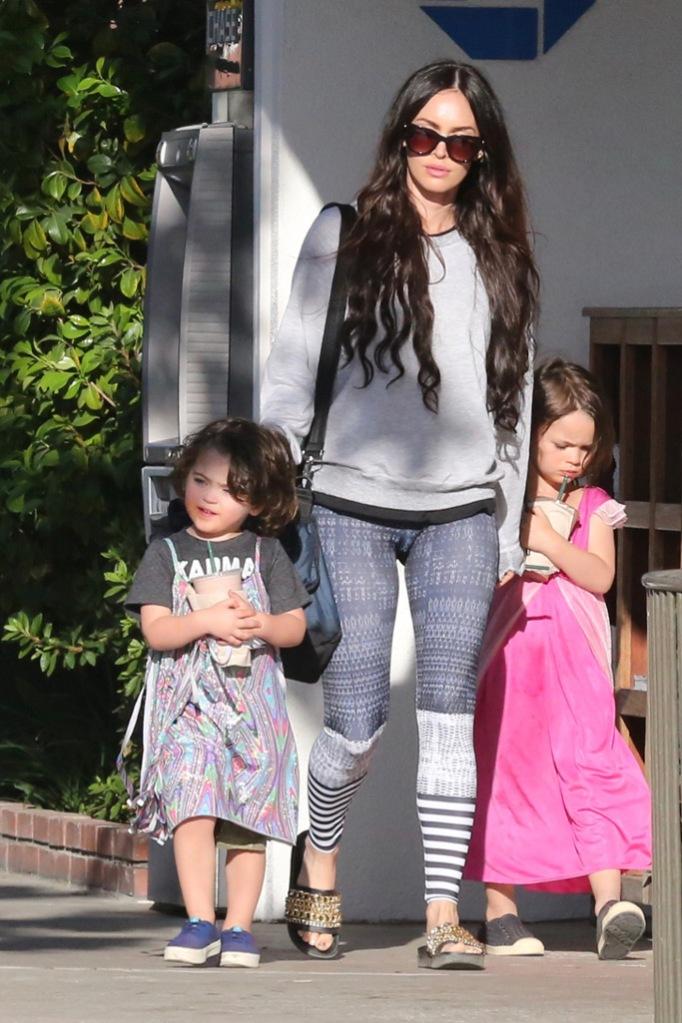Megan Fox, Noah, dress