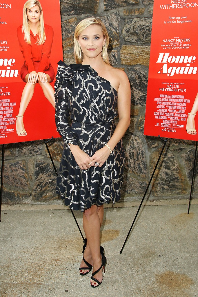 reese witherspoon, reese witherspoon home again