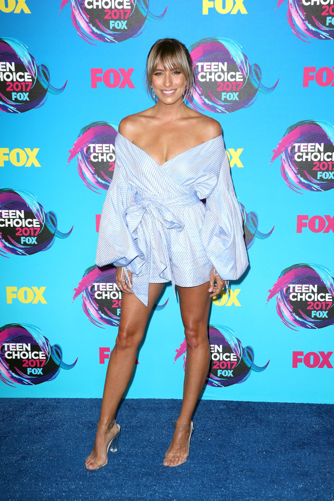 Renee Bargh, style, Teen choice awards, red carpet