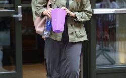 Jessica Alba's Go-To Sneakers