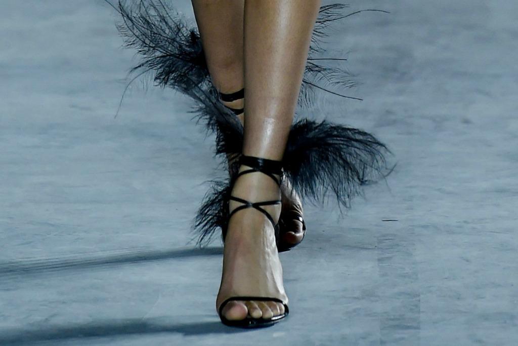 saint laurent ready to wear spring 2018, paris fashion week