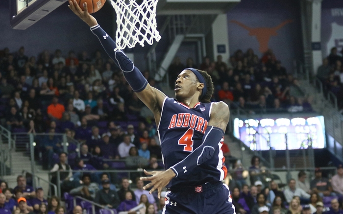 NCAA basketball Auburn TJ Dunans Under Armour