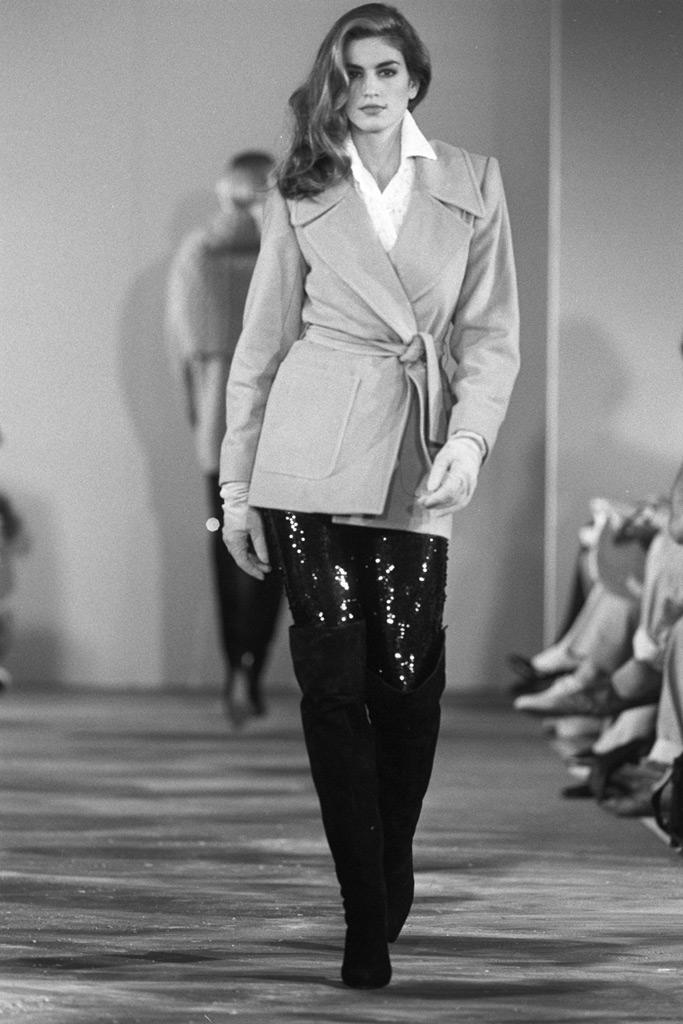 Cindy Crawford, runway, model, young