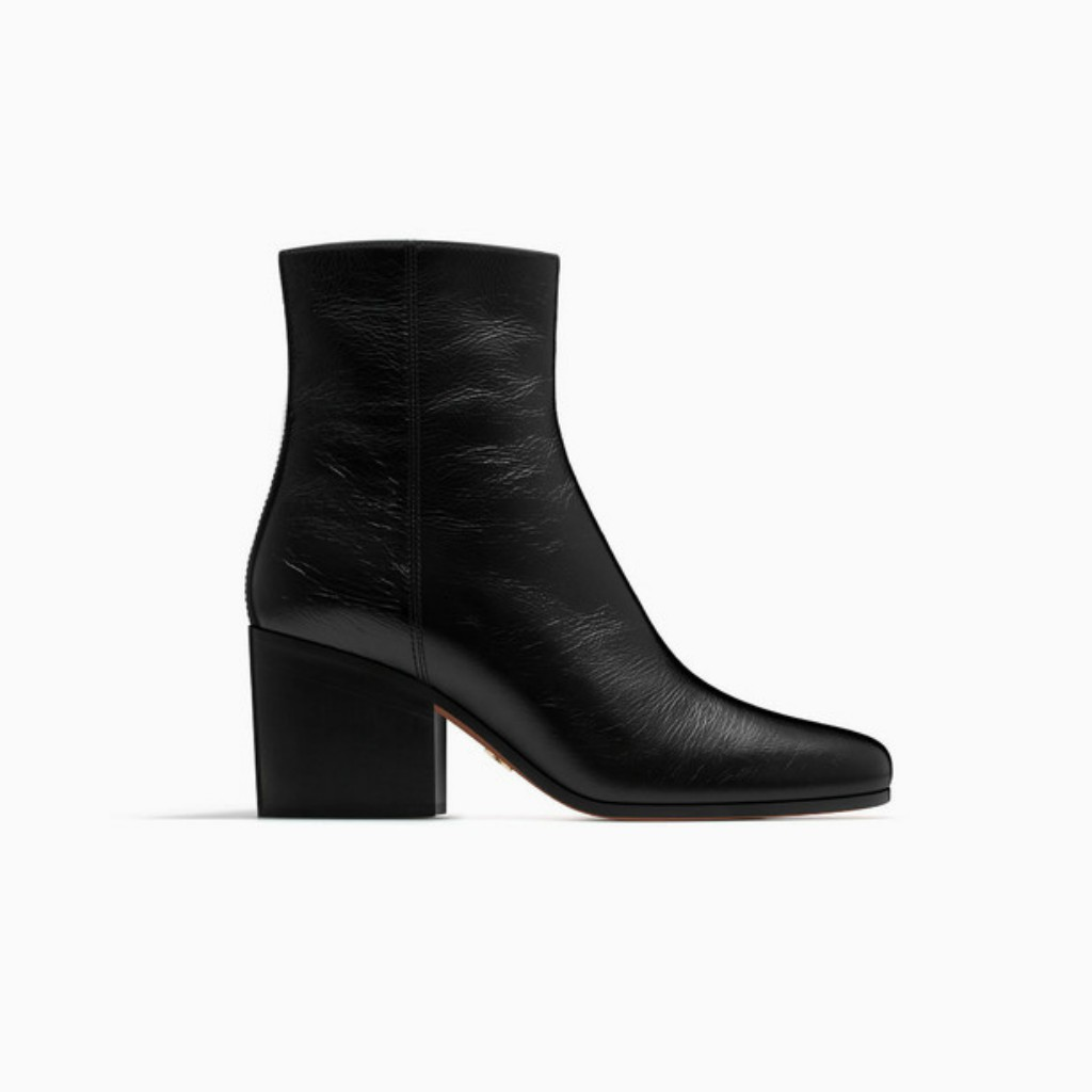 Dior ankle boot in black crackled leather