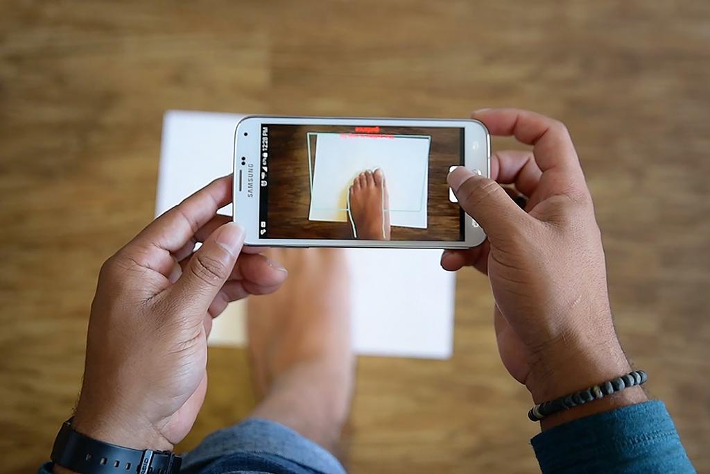 Feetz app