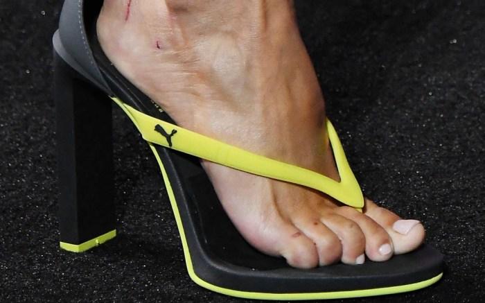 fenty-puma-flip-flops