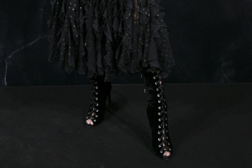 Hailey Baldwin, boots