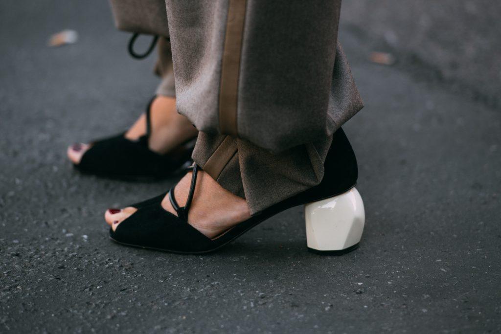 max mara heels, milan fashion week, street style