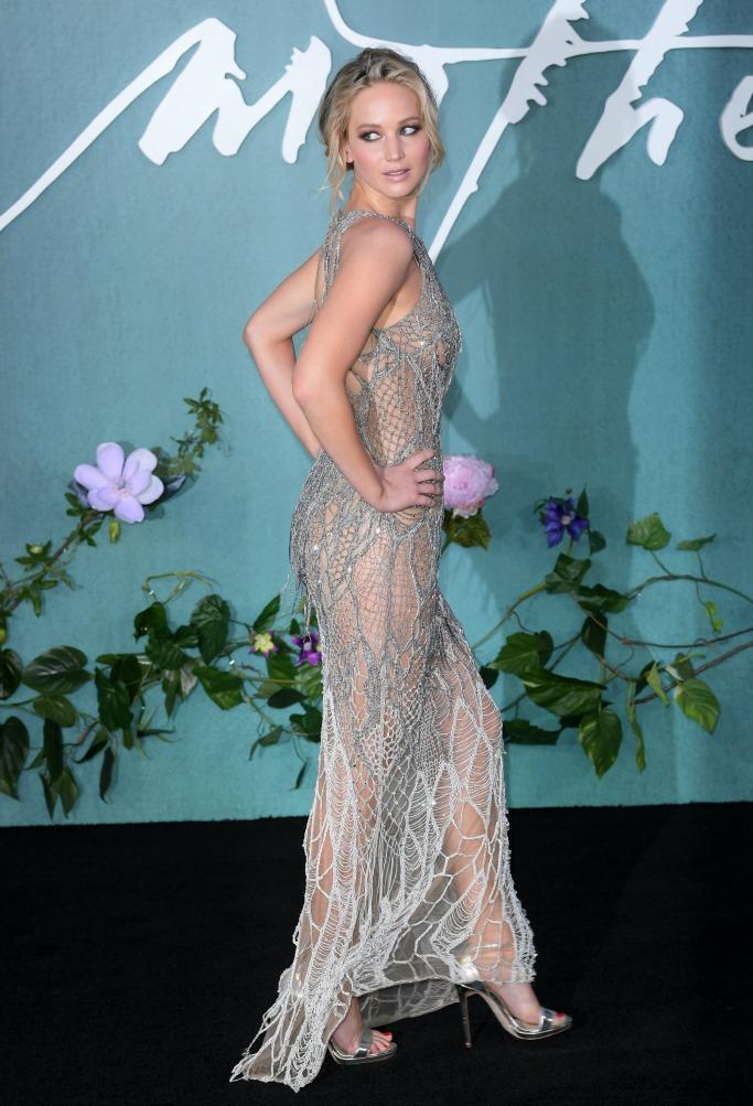 mother! premiere, venice film festival, Atelier Versace, jennifer lawrence